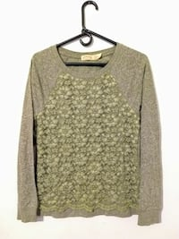 green floral shirt size adult small 4-6 Marydel