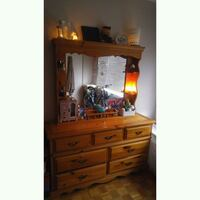 Dresser with vanity mirror  New Westminster, V3L