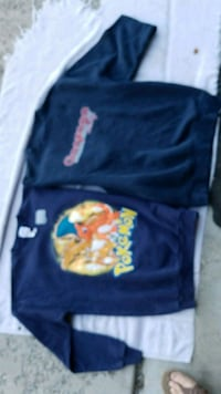 2 cozy young mens sweatshirts Both XL Spokane, 99207