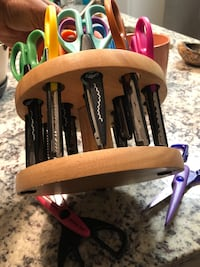 Craft Scissors and spinning stand