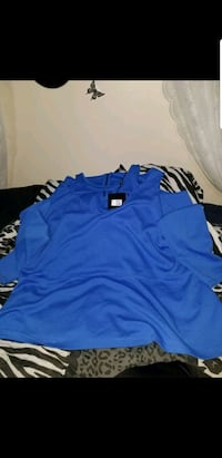 Size 4x new with tags shirt paid 50
