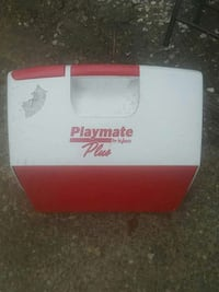 Playmate by iGloo chest cooler Virginia Beach, 23455