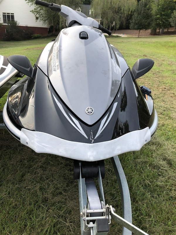 2 2008 yamaha waverunners with new trailer  Run perfectly, new seats, new  batteries, dealer-maintained  Simply add water!