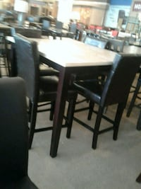 Table with chairs Phoenix, 85018