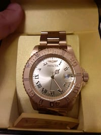 All Gold invicta watch with swiss crystal face. Baltimore, 21225