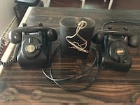 Leigh 1930s phones  for two phones and battery