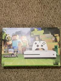 NEW 500gb Xbox One S - Minecraft Edition 400 mi