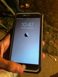 black iPhone 5 with case Lehigh County, 18052