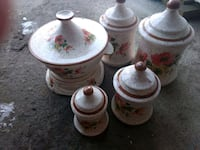 white and red floral ceramic tea set Sidney, 04330