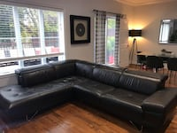 Natuzzi Black leather couch Longueuil, J3Y 4W7