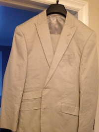 Perry Ellis mens summer suit Burlington, L7T 2S5