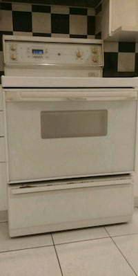 white front load clothes dryer Montréal, H4H 1C5