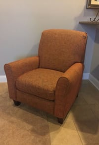 Red/ Brown Upholstery lazy boy recliner Middletown, 45044