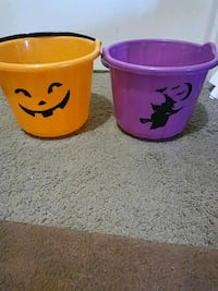 Both Candy buckets Akron, 44301