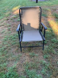Low-Seat Foldable Lawn Chair Annandale, 22003