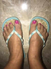 Flip-flops size 7 straw like in blue with shells Miami, 33175