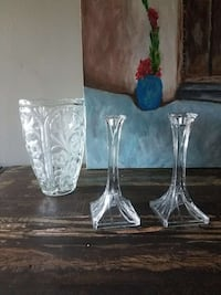 two clear glass candle holders; cut glass vase Washington, 20010