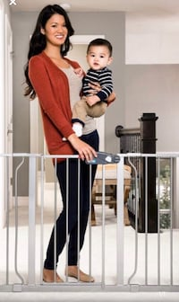 New, unused..Regalo Easy Step 49-Inch Extra Wide Baby Gate, St Thomas, N5R 6M6