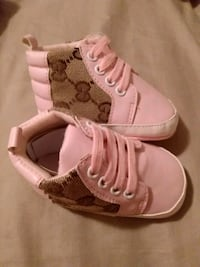 Size 2/6-9Months Pink/Brown Baby Gucci Shoes Warren, 48093