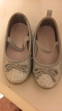 Toddler shoes brand new size5 Bakersfield, 93311