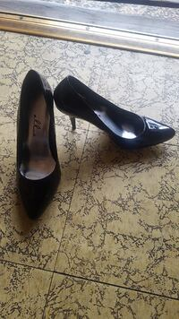 Women's pumps  Los Angeles, 91343