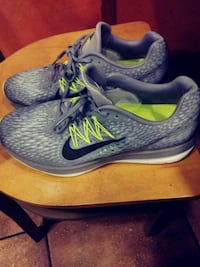 pair of gray-and-blue Nike running shoes Edmond, 73013