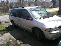 Chrysler - Town and Country - 2000 Kalamazoo, 49001