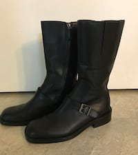 Authentic Gucci Black Leather Boots Mid Calf . size 7.5 women's 24 km