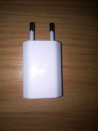 İphone charger 5volt 1amper