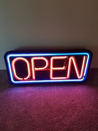 Neon Open Sign Fort Worth, 76155