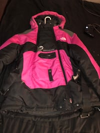 North face steep tech coat never wore needs to sell fast 64 km