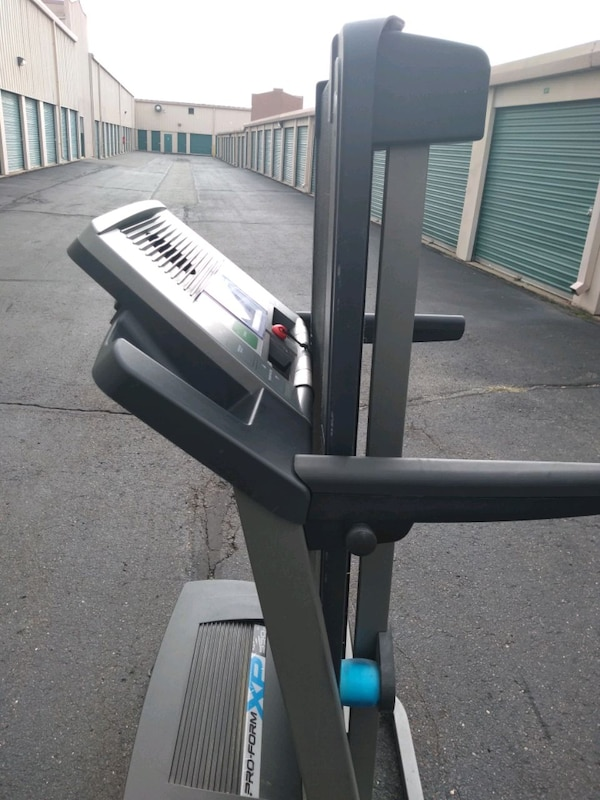 Used Proform Xp Model Number 550 Treadmill Excellent New