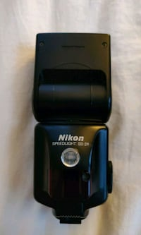 Nikon SB-28 Speedlight flash