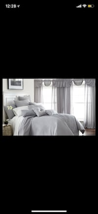 white and gray bed sheet set Fairfax, 22035