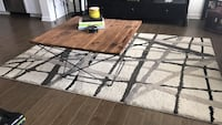 """5'3"""" x 7'6"""" Off White Area Rug  in great condition !  Irvine, 92612"""