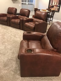brown leather 3-seat recliner sofa Thornville, 43076