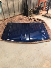 2014' Chev pickup hood - no dents - good condition  Bakersfield, 93308