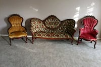 Couch in 2 chairs set Tulare, 93274