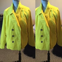 Women's plus size yellow coat Calgary, T3G 4E1