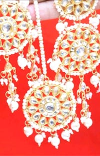 Kundan pearl bridal long earrings with tikka  Laval, H7W 2Z9