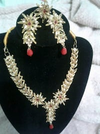 Gold plated with stone necklace,ear rings and ring Toronto, M1H 1V7