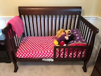 DaVinci Kalani 4-in-1 convertible crib (used) Centreville, 20120