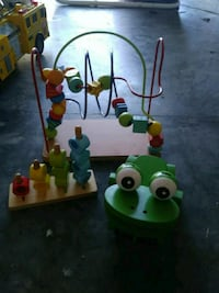 3 Wooden toys. Pull frog, bread maze, counting Mount Pleasant, 29466