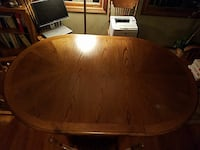 Oak table with removable leaf and 4 chairs Eldersburg, 21784