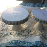 two round white-and-blue ceramic bowls Los Altos, 94022