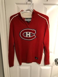 Canadian maple leafs sweater xS  null, L2H 3N7