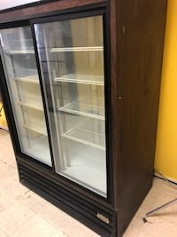 black and white commercial refrigerator Fort Washington, 20744