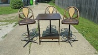 Table and stools Massillon