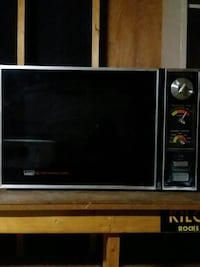 black and gray microwave oven Colorado Springs, 80919