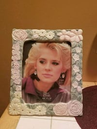 Glass  Picture Frame 8x10 Camillus, 13031